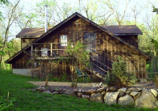 Three Iowa Spots For A Peaceful Cabin Escape Back In The