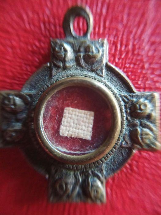 Catawiki online auction house: Relic of Santa Maria Domenico and Mazzarello