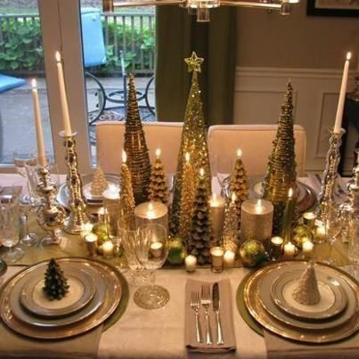 Christmas makes for the prettiest tables Tables and Dinner