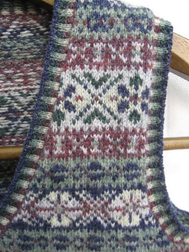 Fair Isle Vest http://www.ravelry.com/projects/yuri150/p13-fair-isle ...