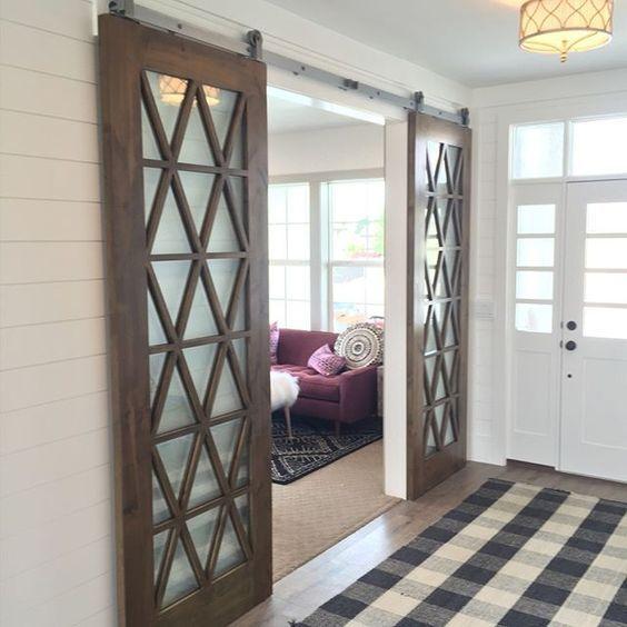Dise os de puertas estilo granero para interiores una for Puertas correderas estilo granero