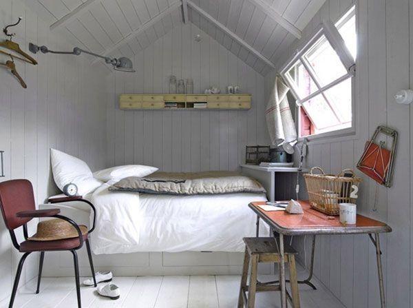 schlafzimmer im dachgeschoss-satteldach einrichtung platzsparend, Schlafzimmer