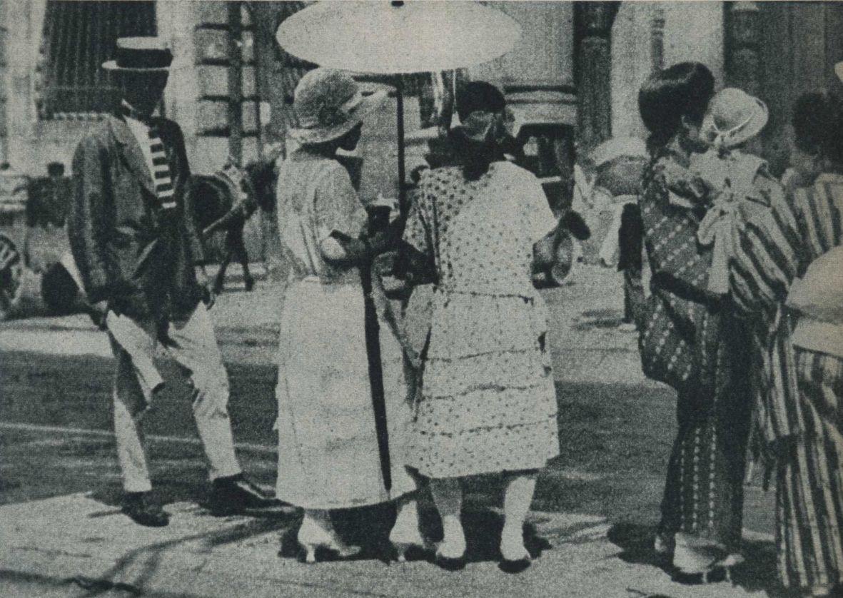 大正14年(1925年)の夏の大阪。 | 戦前, 大正時代, 春夏スタイル