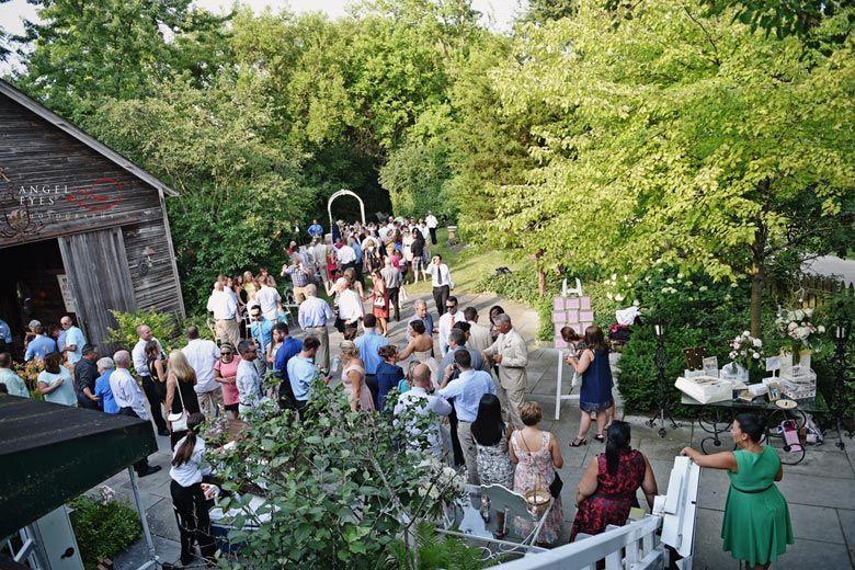 Oscar Swan Wedding In Geneva Illinois Summer Outdoor