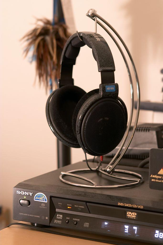 50 Best Diy Headphone Stand Ideas Diy Headphone Stand Headphone Stands Diy Headphones