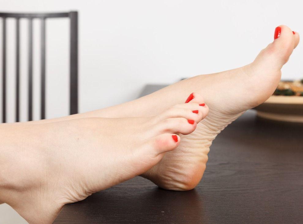Картинки большая нога