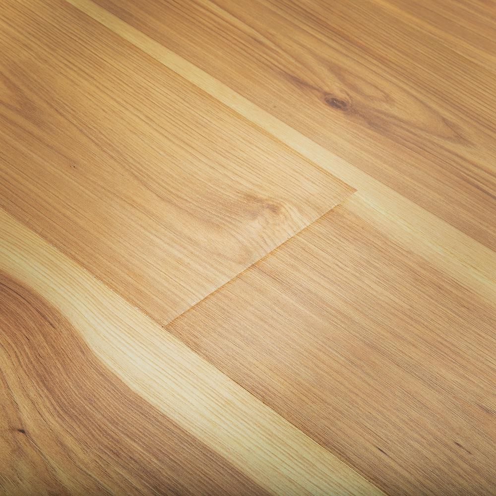 Pergo Outlast Waterproof Arden Blonde Hickory 10 Mm T X 6 14 In W X 47 24 In L Laminate Flooring 16 12 Sq Ft Case Lf000986 The Home Depot Laminate Flooring Pergo Outlast Waterproof Laminate Flooring