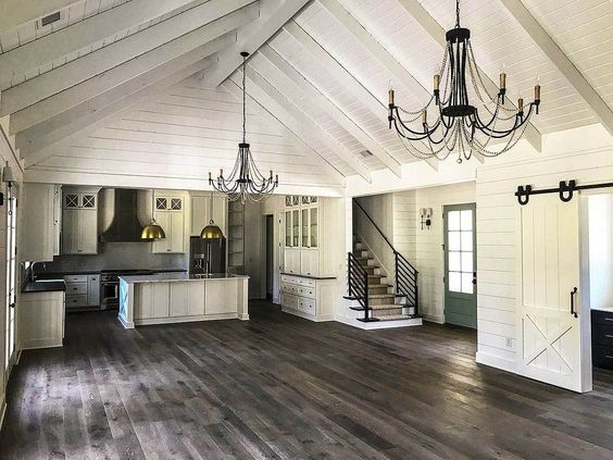 Country Craftsman with Vaulted Interior and French