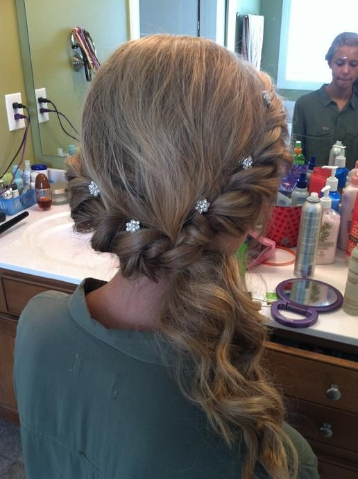 40+ Prom hairstyles pulled to the side trends