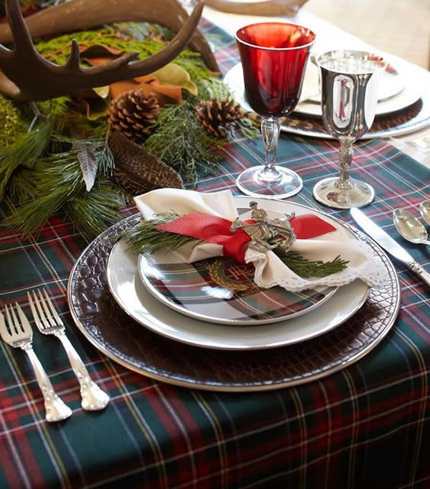 How to Impress your Equestrian Friends with a Perfect Christmas Table