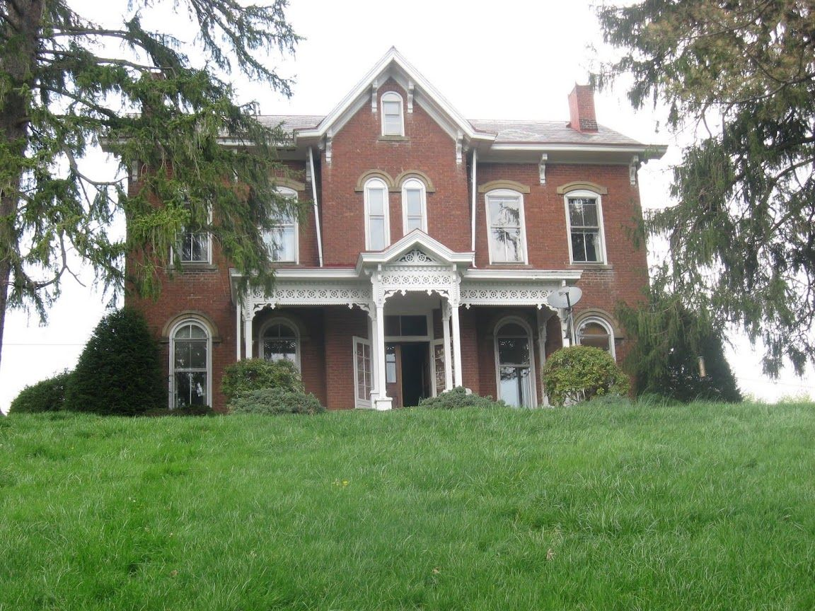 Alderman House In Mcconnelsville Ohio Built In 1869 Currently For Sale On Forsalebyowner Com For 189 Historic Homes Abandoned Mansions Historic Buildings