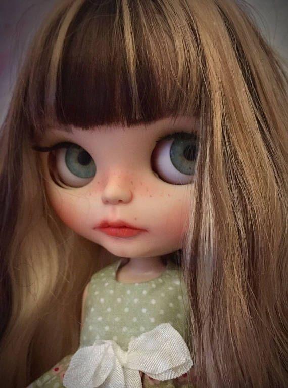 Blythe doll by ChristineDoll zvyklostí