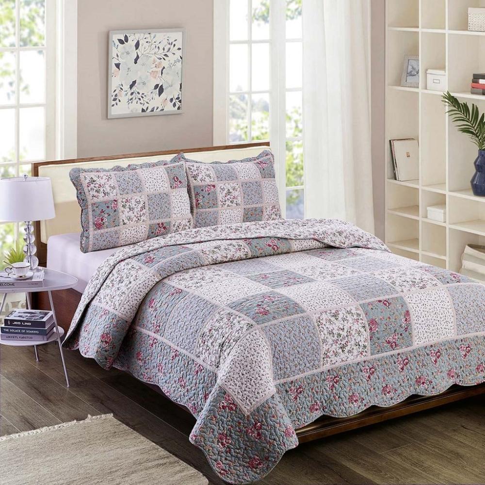 Heather Pieced Quilt Queen In 2020 Queen Quilt Quilt Piecing Quilt Bedding