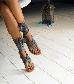 Sandalias con pañoletas