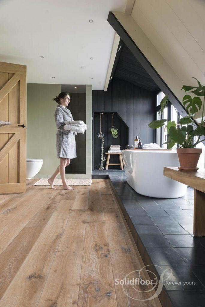 Solidfloor Landhausdiele Vintage Azores u2013 Ein Bad mit Parkett - parkett für badezimmer
