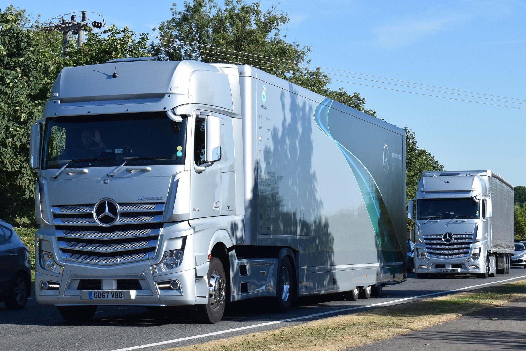 Gd67vbo L3325 Eddie Stobart Mercedes In Petronas Scheme Con