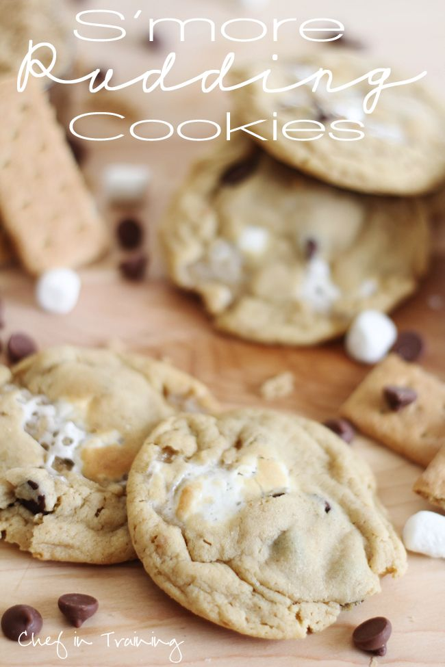 S'more Pudding Cookies!  This is such a delicious take on the classic treat! #smore #cookie