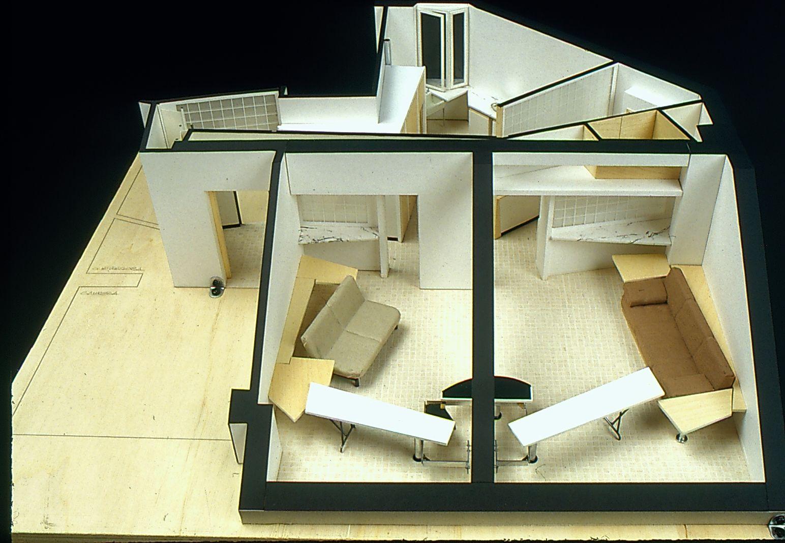 Sottotetto di casa de paolini milano 1985 umberto riva for Interior design politecnico di milano