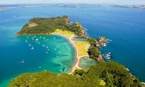 Groupon Bay Of Islands Paihia 1 To 3 Nights For Two With Breakfast And Late Check Out At Paihia Pacific Resort Hotel Bay Of Islands Paihia Adventure Travel