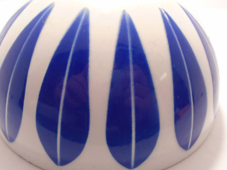 Cathrineholm Lotus Bowl Catherine Holm Large Enamel Bowl Blue on White Scandinavian Design Norway by WildSageVintagePicks on Etsy https://www.etsy.com/listing/542715623/cathrineholm-lotus-bowl-catherine-holm