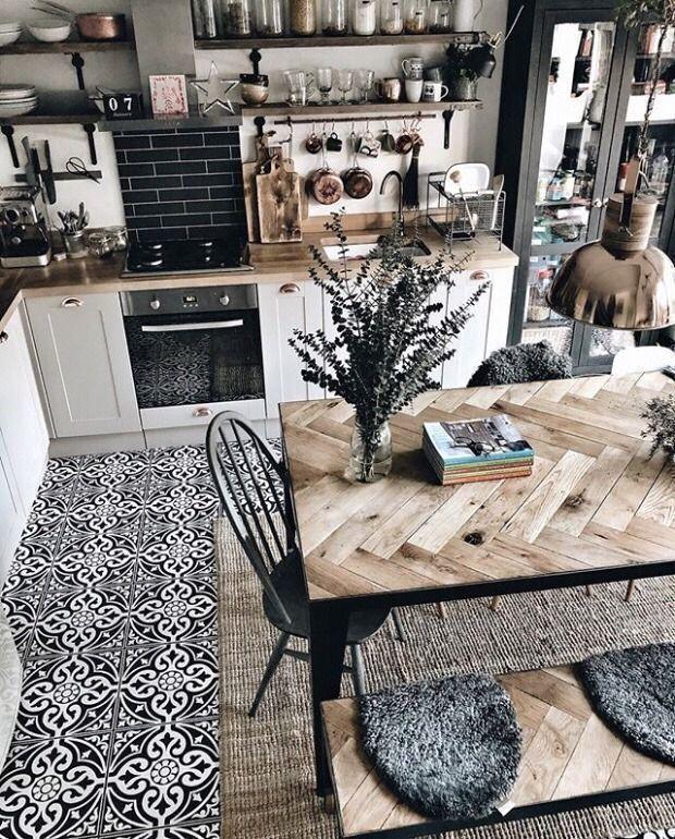 Une cuisine tendance avec une décoration chaleureuse et ...