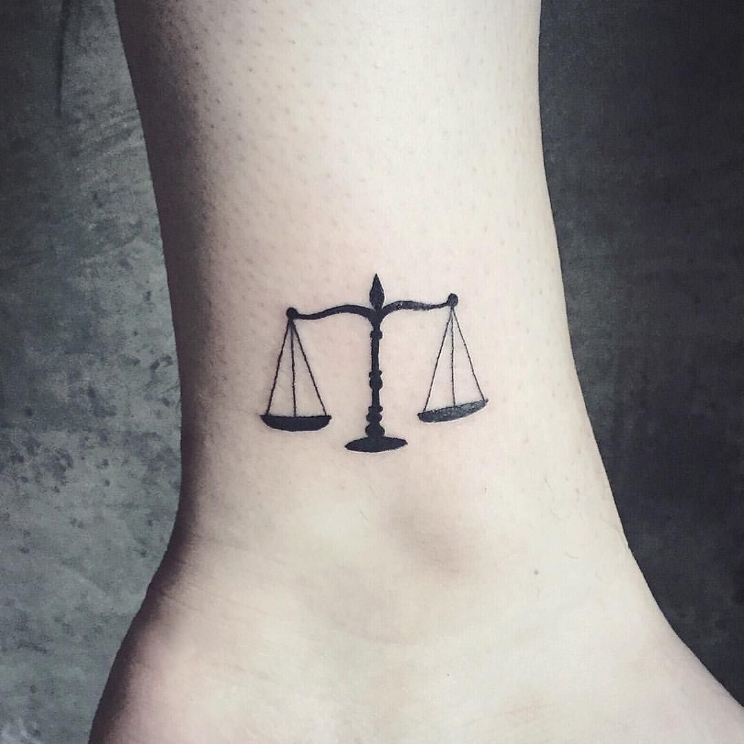 10+ Amazing Scales of justice tattoo design ideas