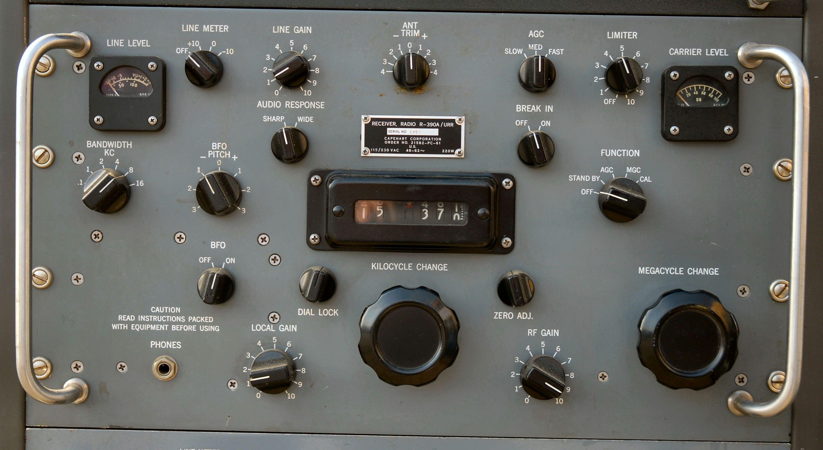 CollinsR-390A