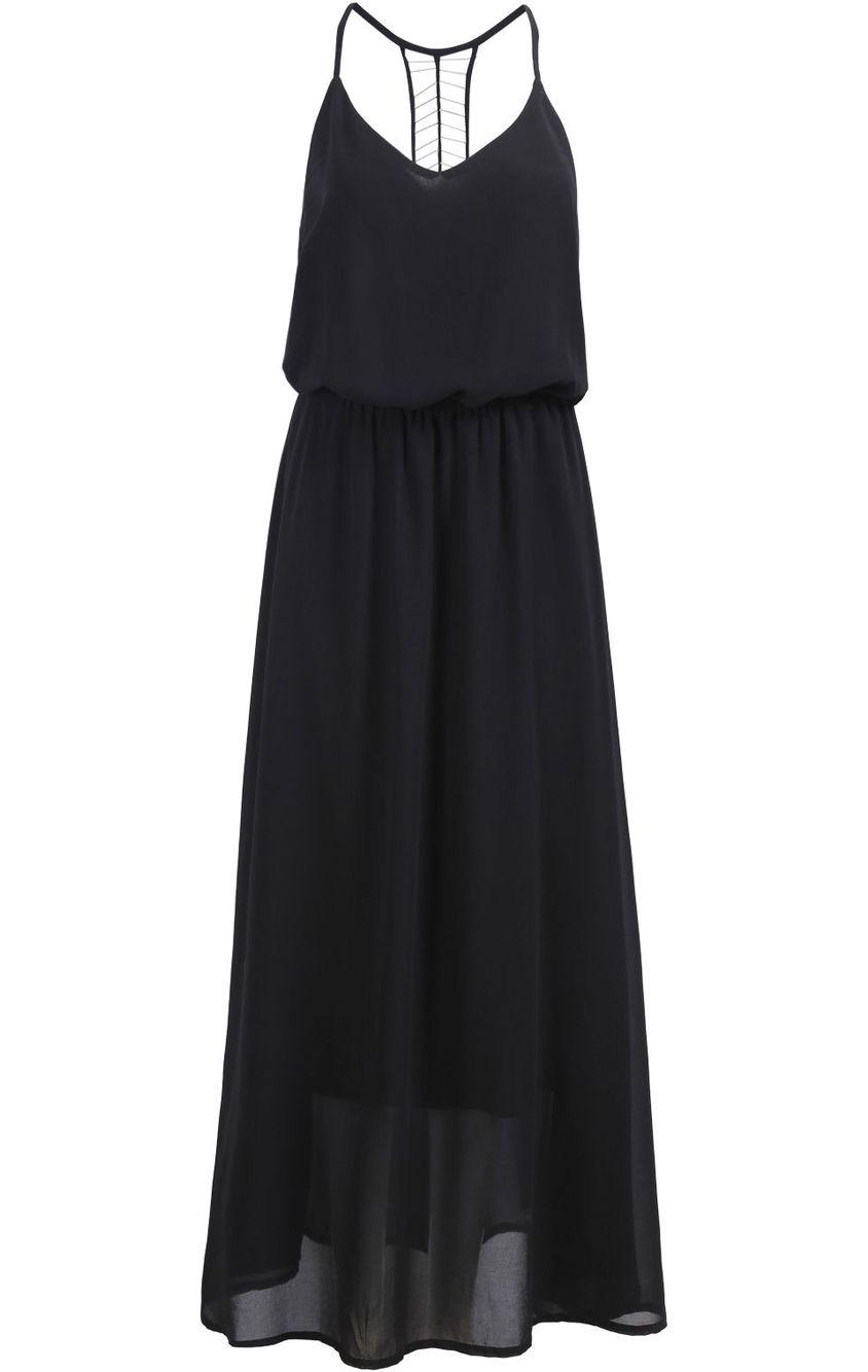 Vestido negro con velo