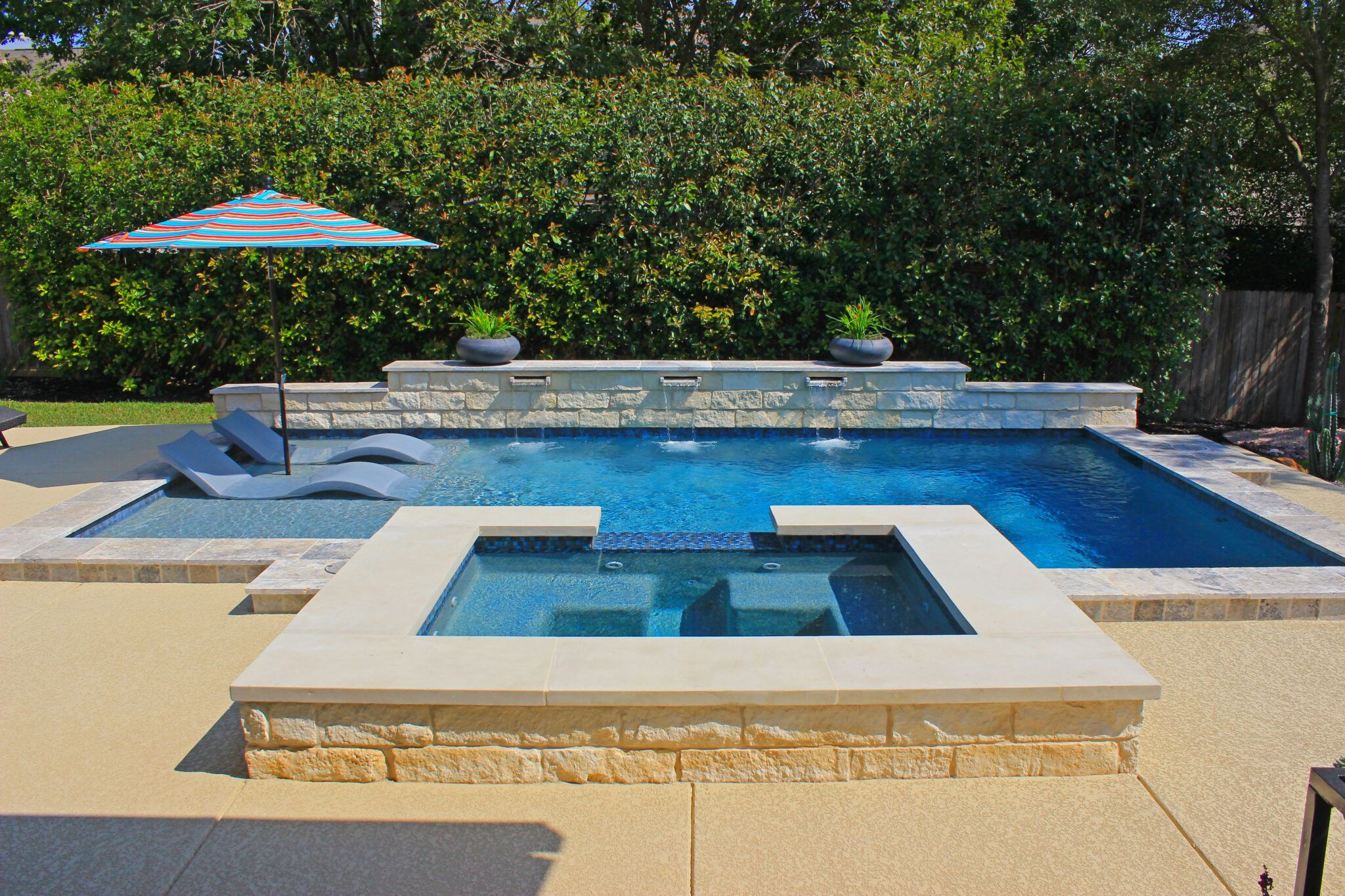 Small Inground Pools For Small Yards Austin Igp Spa Build Under Construction Trou Pools For Small Yards Backyard Pool Designs Swimming Pools Backyard