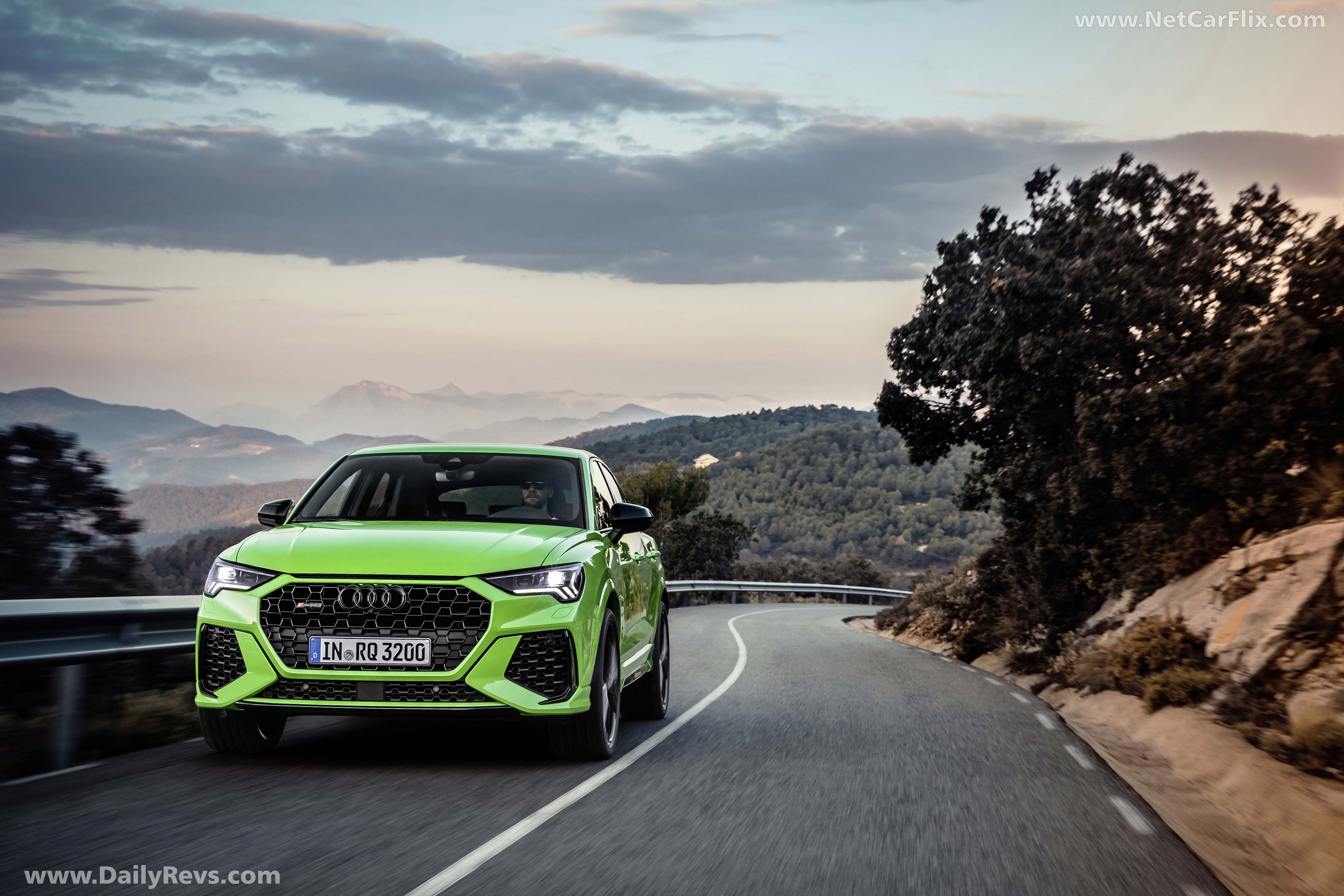 2020 Audi Rs Q3 Sportback Pictures Images Wallpapers Dailyrevs In 2020 Audi Rs Audi Cylinder Liner