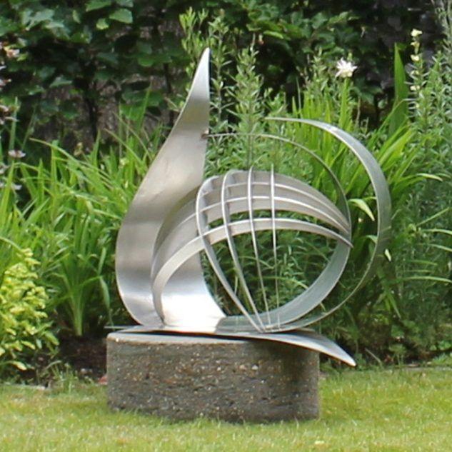 Garden, Stainless Steel Garden Art Sculpture Round Concrete Ornamental  Steel Statue Stand Decorative Metal Figure For Exterior Decoration And  Decor Garden ...