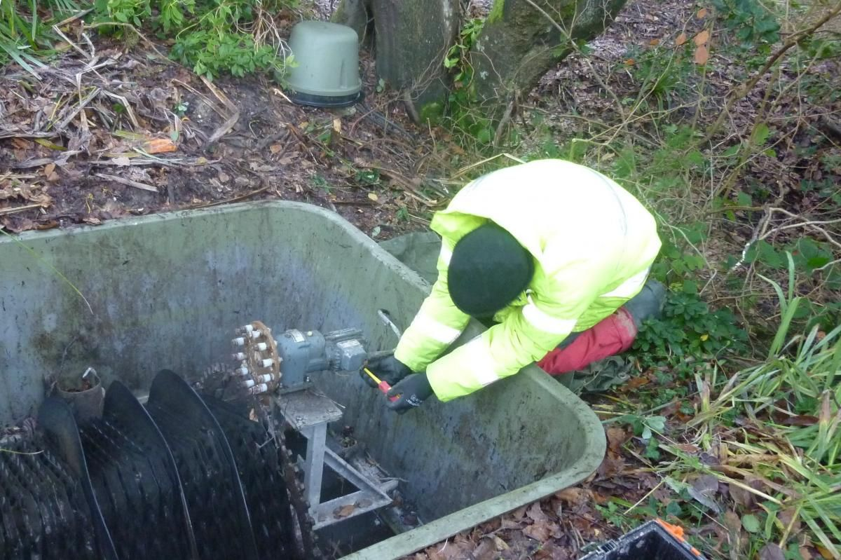 Offmains drainage installation and maintenance of septic