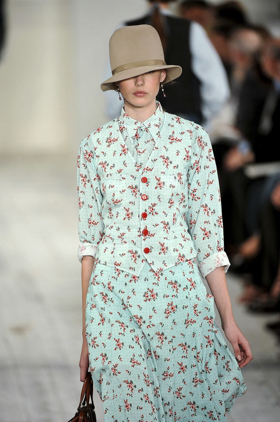 Ralph Lauren at New York Fashion Week Spring 2010 - Livingly 91847312b31aa