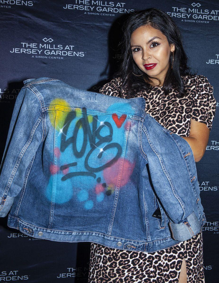 Quick Custom Spray Paint On Denim Jackets For Event Love Artist Outfit Graffiti Artwork Painted Denim [ 1200 x 927 Pixel ]