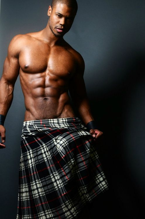 Sexy scottish men in kilts