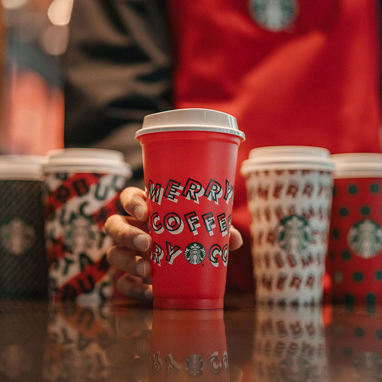 Starbucks Is Offering Reusable Holiday Cups for Free