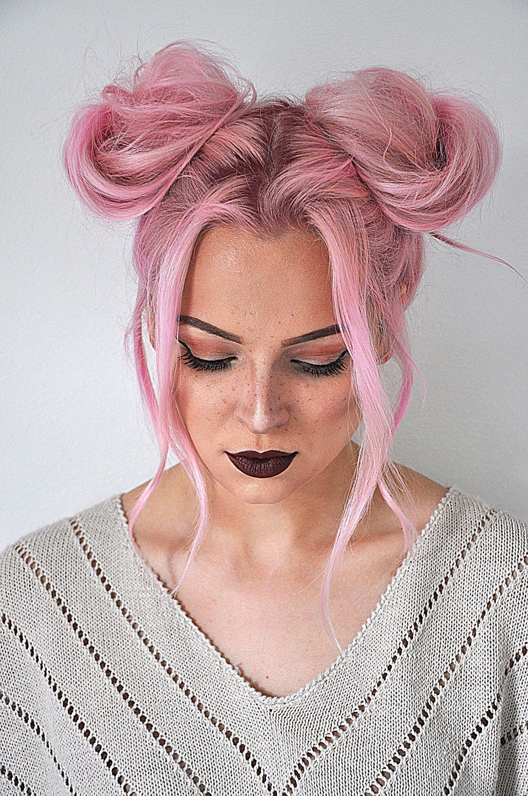Quick And Easy Space Buns Hairstyle Tutorial Hair Bun Tutorial Womens Hairstyles Hair Styles