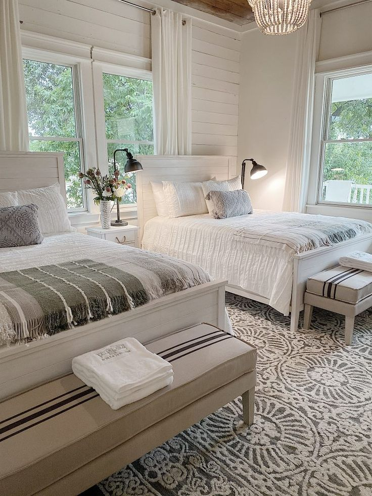 The Waco Airbnb is Ready | MY 100 YEAR OLD HOME   I love the bedding and towels we bought at The Home Depot for the Waco Airbnb. They are soft, plush and look great after lots of laundering! #farmhouse #fixerupper #waco #wacotexas #airbnb #bedroom #wacobnb #texasairbnb #airbnbhomes #texas #my100yearoldhome