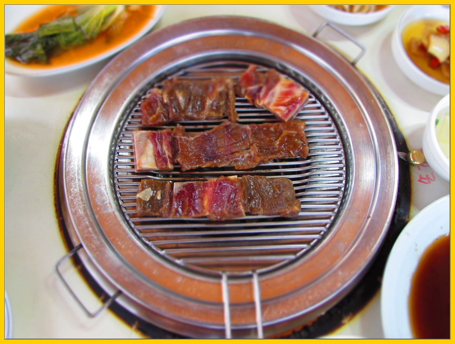 Galbi Meaning Short Ribs In Korean Is One Of The Most Widely Loved Korean Dishes In The West Galbi Is A Dish Of Marinated And Grilled Beef Short Ribs The Ri