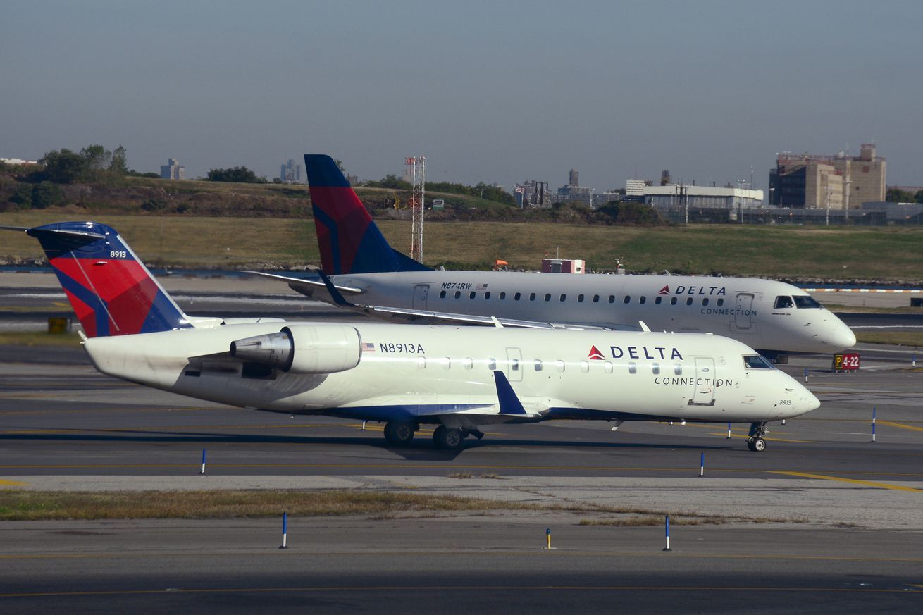 Delta is tightening its rules around bringing emotional