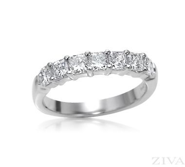 Ring Radiant Cut Diamond Wedding Band In Shared