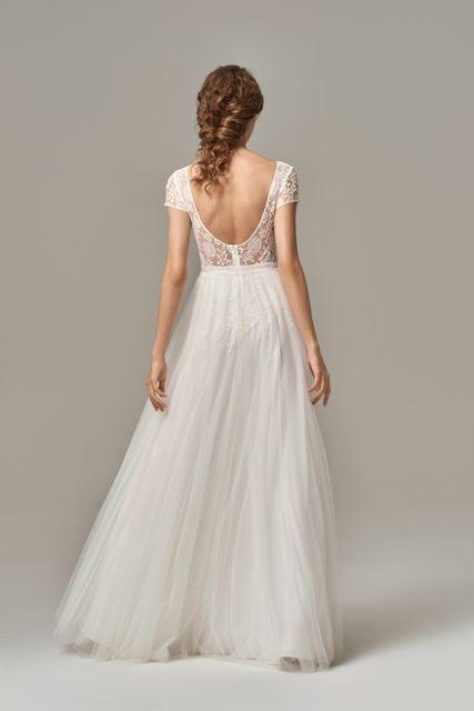 Rückenausschnitt - Happy Brautmoden | Brautmode, Hochzeit ...