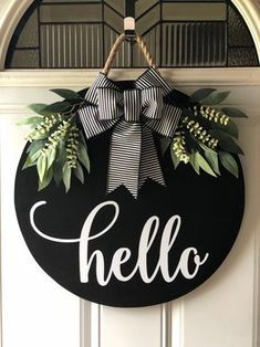 Round Door Hanger, Door Hanger, Door Decor, Door Sign, Hello Door Sign, Hello Hanger, Spring door hanger, Mother's Day gift women