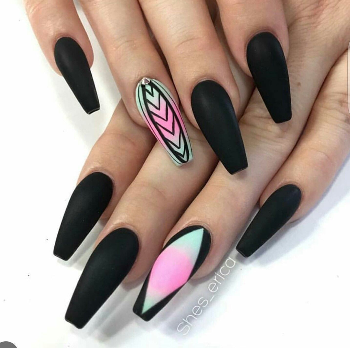 Pin by A Divine Presence 🍃 on dick grabbers | Pinterest | Nail nail ...