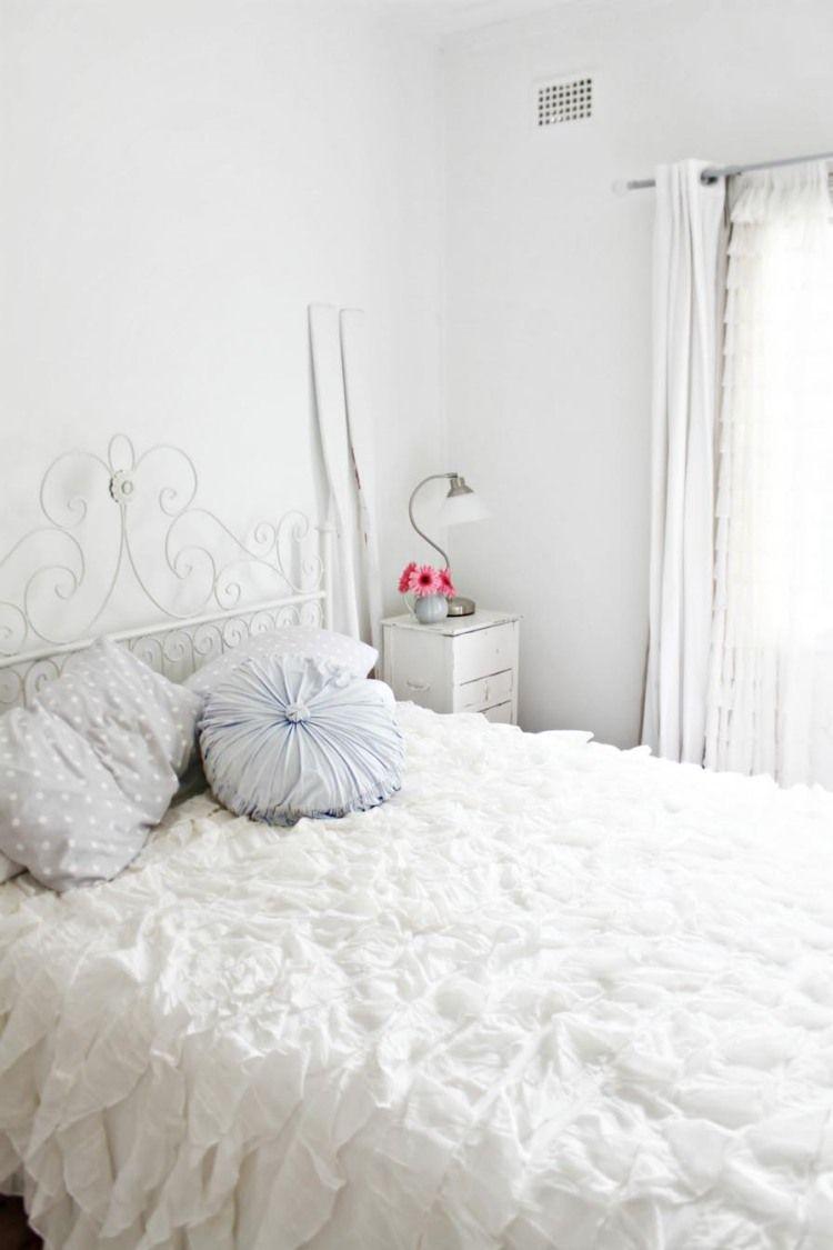 Deco Chambre Avec Lit En Fer chambre blanche en 65 super idées de meubles et décoration