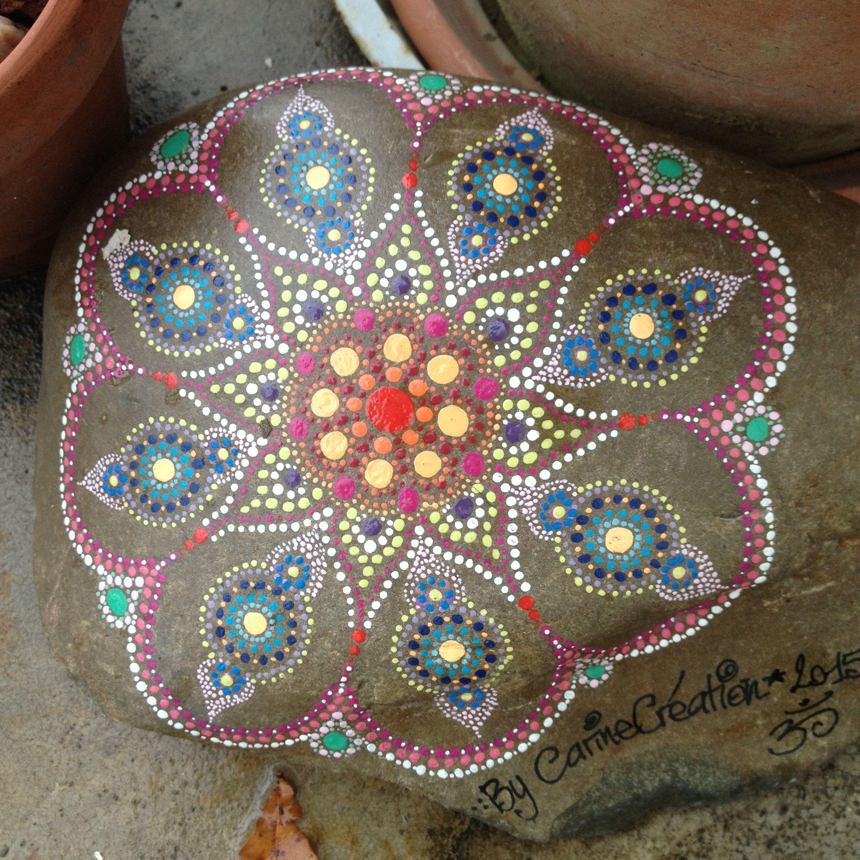 Fleur galet peint la main peinture acrylique p b o for Galets decoratifs de couleur