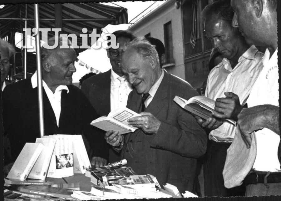 Slideshow - l'Unità.it