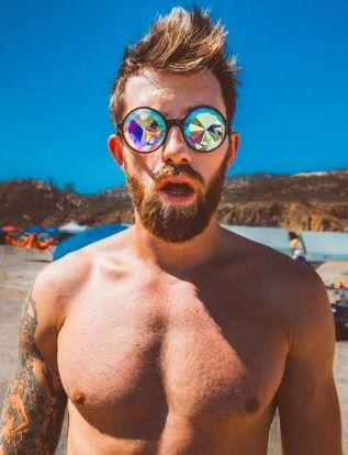 Tristan Cameron Harper // Sunglasses & Beard   BEARDS, SCRUFF AND ...