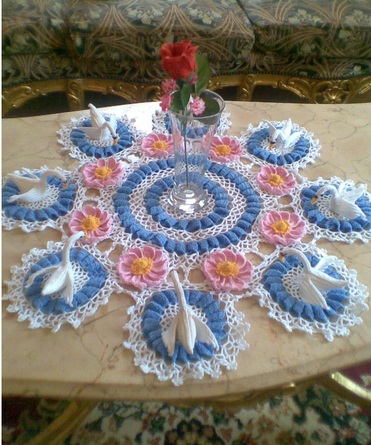 Msochet swan lake doily only pictur no pattens crochet msochet swan lake doily only pictur no pattens bankloansurffo Images