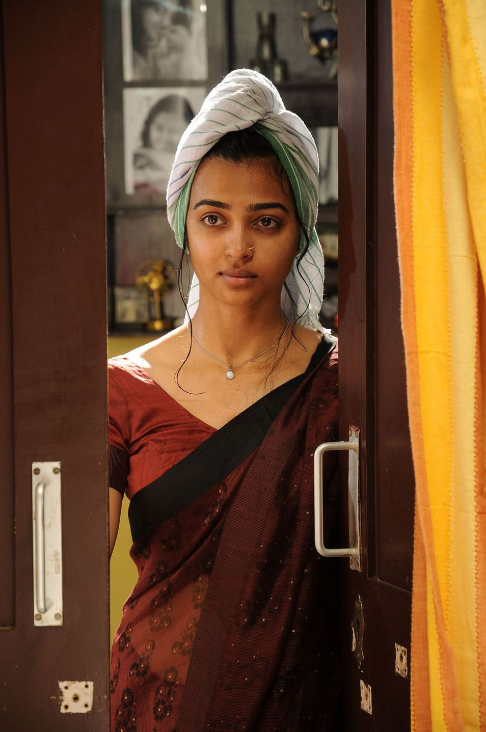 radhika apte husband